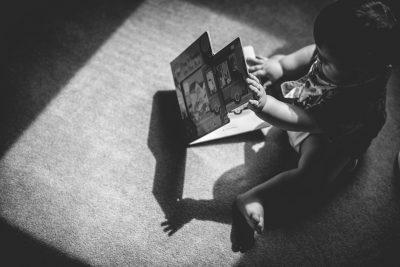 Reading Lifestyle Family Photographer